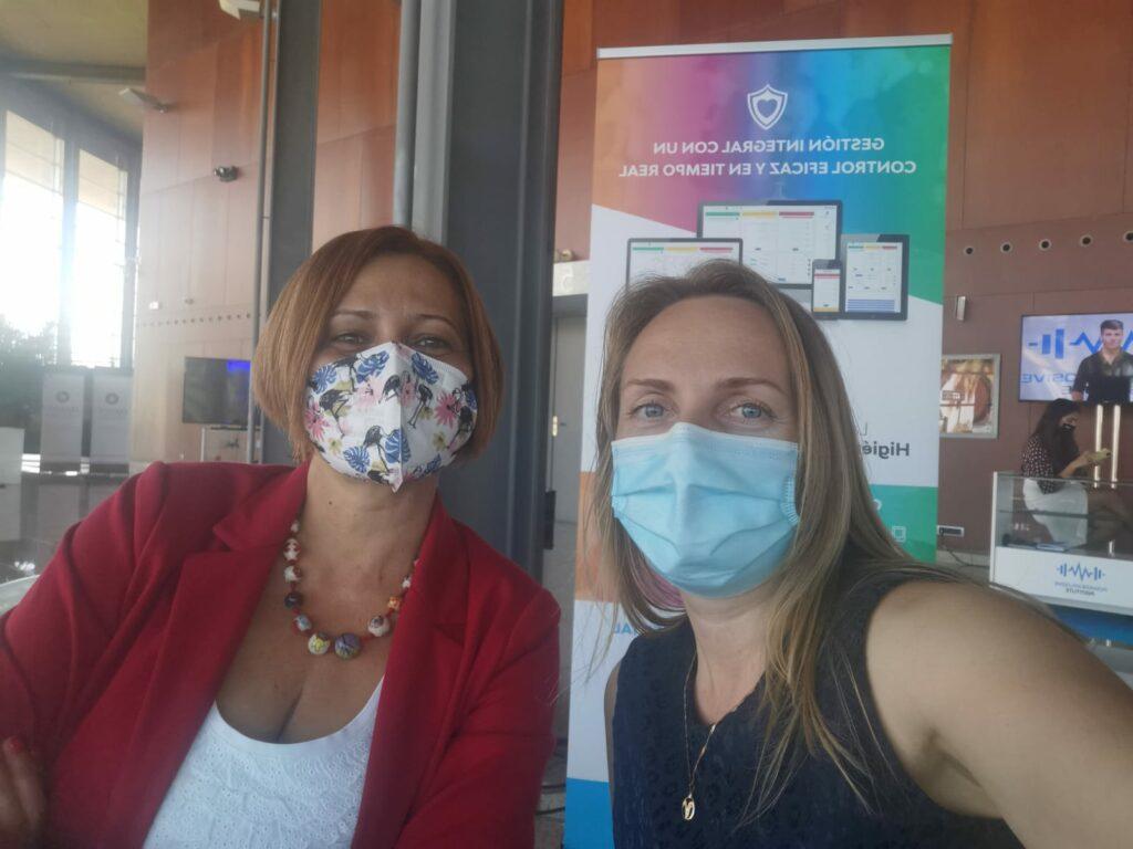 Nayra y Valeria, app Control H&S